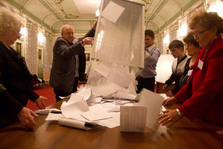 Томские народные избранники определились сднем имесяцем выборов губернатора