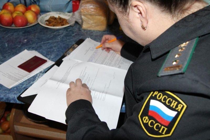 Жительница Томской области разобрала собственный автомобиль, чтобы его неарестовали задолги