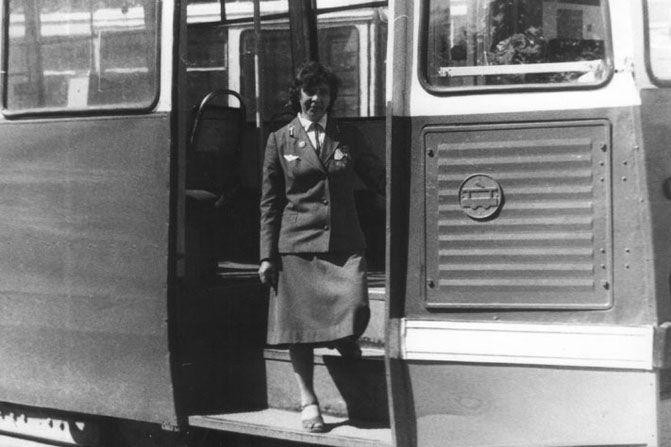 водителем трамвая более 50