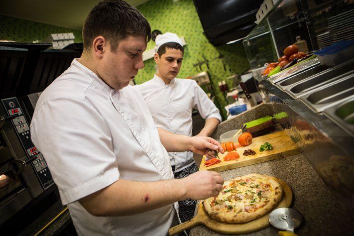 почему работа поваром в москве вакансии сегодня стремящаяся