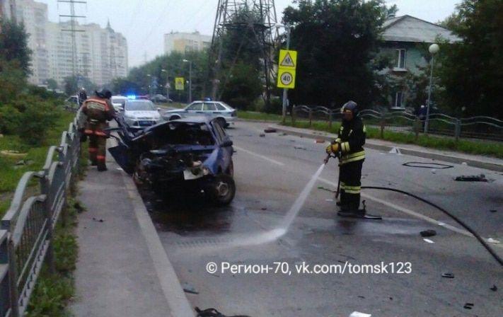 ВТомске три человека получили травмы вДТП наугнанном автомобиле