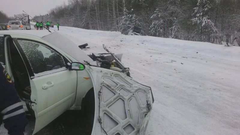 Один умер ишестеро пострадали вДТП натрассе Томск— Колпашево