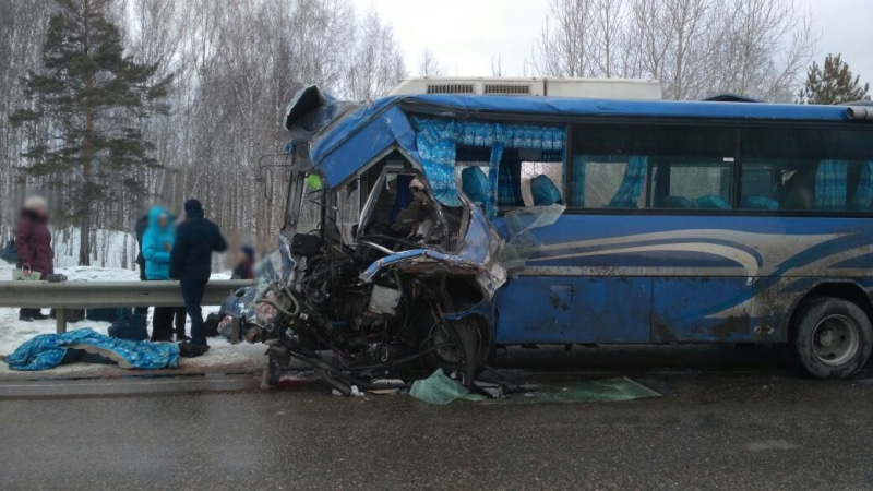 Пассажирский автобус попал всмертельную трагедию под Томском