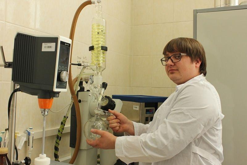 Томским химикам удалось сделать золотые наночастицы сантибактериальными свойствами