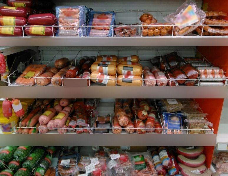 Томича задержали закражу измагазина 22 палок колбасы