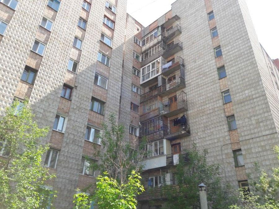 В Томске девушка погибла при падении с 8 этажа