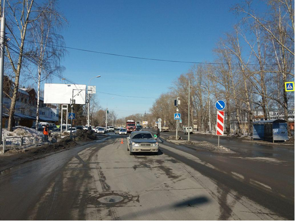 Ребенок попал под колеса иномарки в Томске