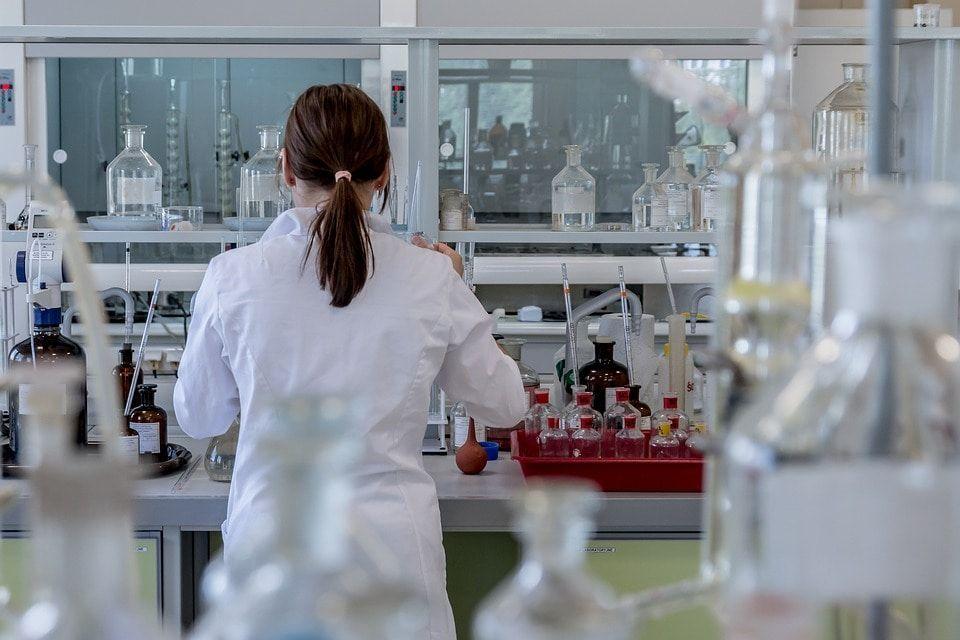 Томский Росприроднадзор выявил превышение выброса загрязняющих веществ на Межениновской птицефабрике